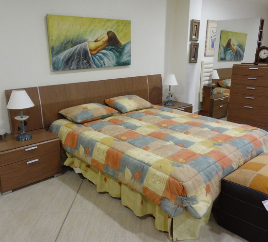 Dormitorio completo en madera de nogal